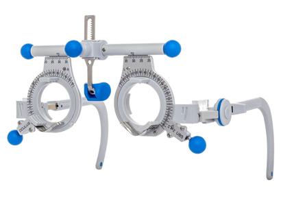 Les lunettes d essai universelles d OCULUS sont essentielles pour toute  personne réalisant la détermination de verres correcteurs. 7d8d3ec220df